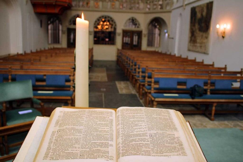Bijbel trouwkapel Sint-Joriskerk